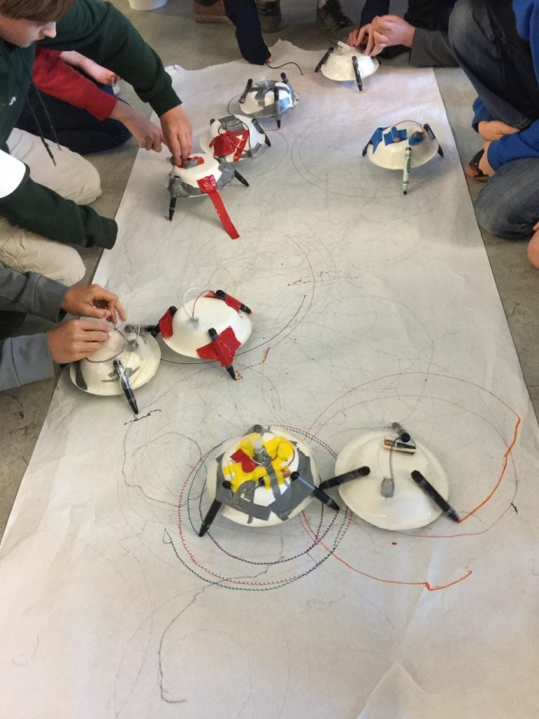 Yes! Maker Robots